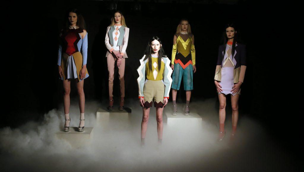 Visoka moda i manikir inspirisani pirotskim ćilimima